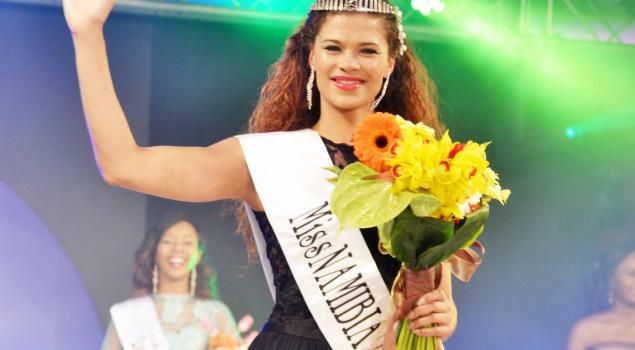 miss-monde-2015-miss-namibie-steffi-van-vyk-jewanda-8jpg