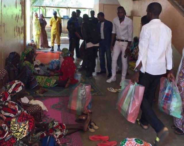 Jacques-zoua-fait-un-don-important-dans-un-hopital-a-garoua-jewanda-2