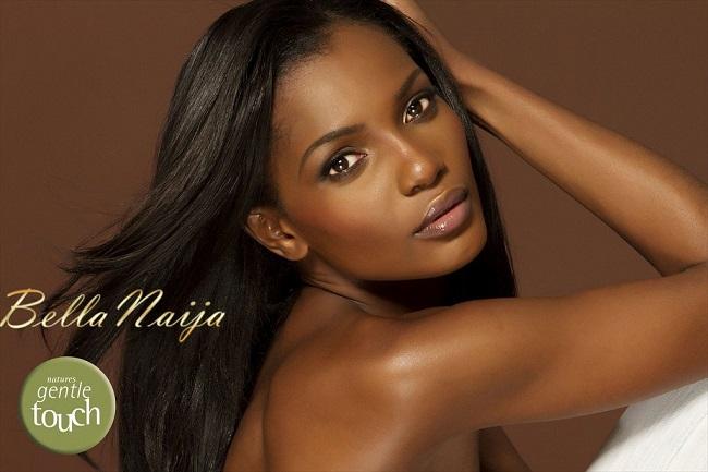 7-manequins-africains-defile-grand-podium-au-monde-Agbani-Darego -jewanda