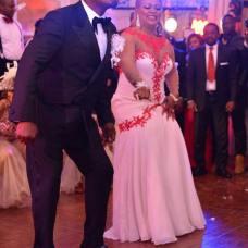 president-amot-jaguar-4-mariages-une-lune-de-miel-jewanda-6