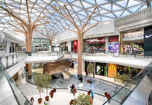wandiscovery ce centre commercial africain a la superficie de 78 stades de football je wanda. Black Bedroom Furniture Sets. Home Design Ideas