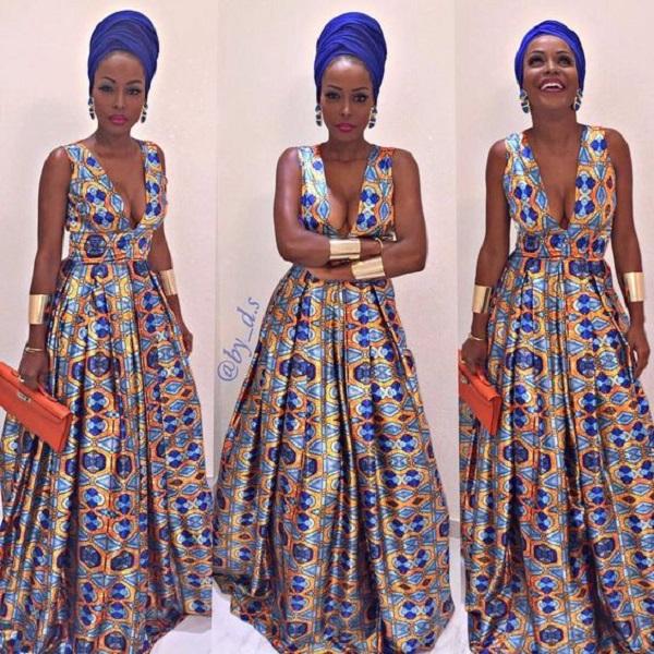 Longue robe et foulard assorti