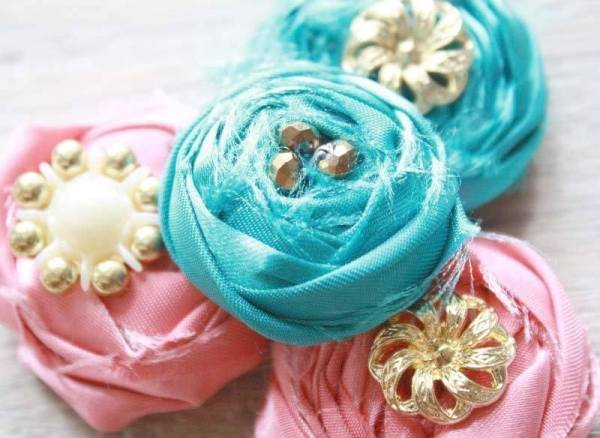 How to Make fabric Flowers | Rolled Rose with beads Tutorial