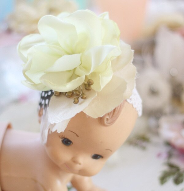 Fabric flower fascinator photography prop for infant or baby photography   A Flower Tutorial