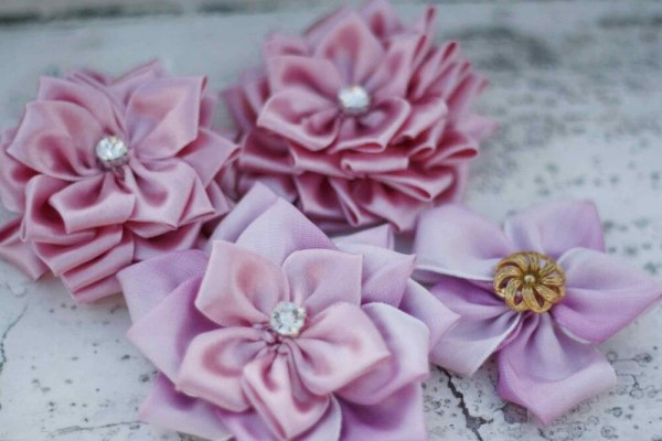 How to flowers | Sweet Blossom Ribbon Flower Tutorial