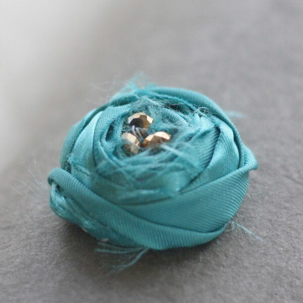 Rolled Rose Rustic Fabric Flower Tutorial for baby headbands, rustic bouquets, and bib necklaces