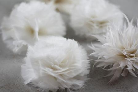 how to create carnation and spider mum feather flowers for diy wedding crafts