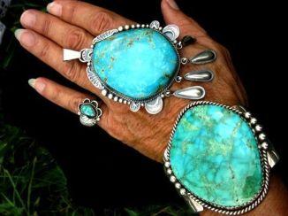 huge_turquoise_hand_jewellery