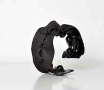 Sanna_Svedestedt_bracelet_Covered3_2011-400x346