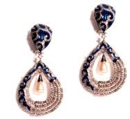 Dillano earing, material used- diamonds, pearls, meena price-390000