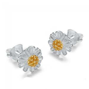 925 Sterling Silver Daisy Flower Stud Earrings