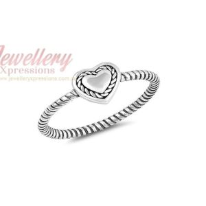 925 Sterling Silver Heart Twist Band Ring