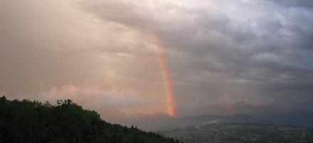 opal's play-of-color rainbow