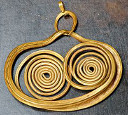 Mycenaean history of earrings