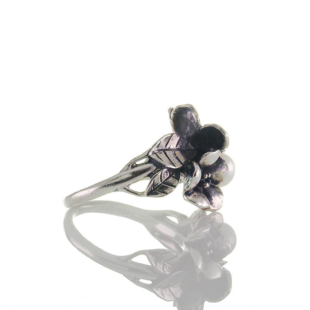 5 g massiv Sterling Silber 925 Ring fein gearbeitete Blüte mit 2 Blättern ca