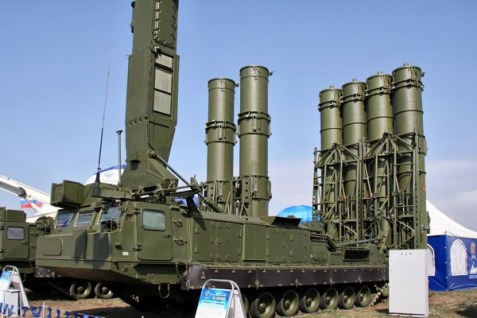 S-300VM / Antey-2500 missile defense system.