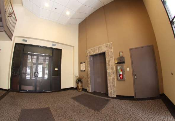 Commercial Real Estate Eden Prairie Lobby Area