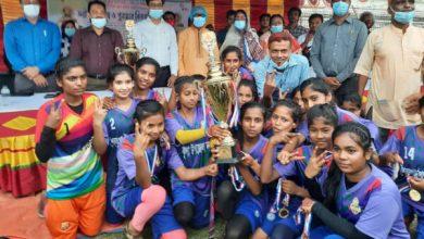 Photo of বঙ্গবন্ধু-বঙ্গমাতা গোল্ডকাপ ফাইনালে ঝিনাইদহ পৌরসভা/শৈলকুপা জয়ী