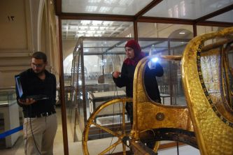 Scanning tut's Chariot in Egyptian Museum