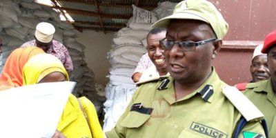 Traders selling substandard expired goods warned