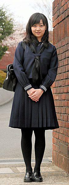 学習院女子高等科の卒業式を迎えられた佳子さま…:秋篠宮家 佳子さま 写真特集:時事ドットコム