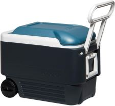 Igloo Maxcold cooler with wheels and Handles keeps Ice for days