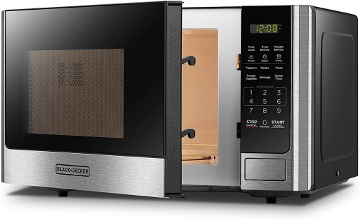 900watts Black + Decker Microwave oven with turntable