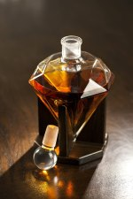 lead free custom made decanter with stopper