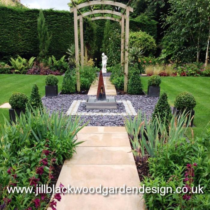 Contemporary Garden Design in Swindon, Wiltshire