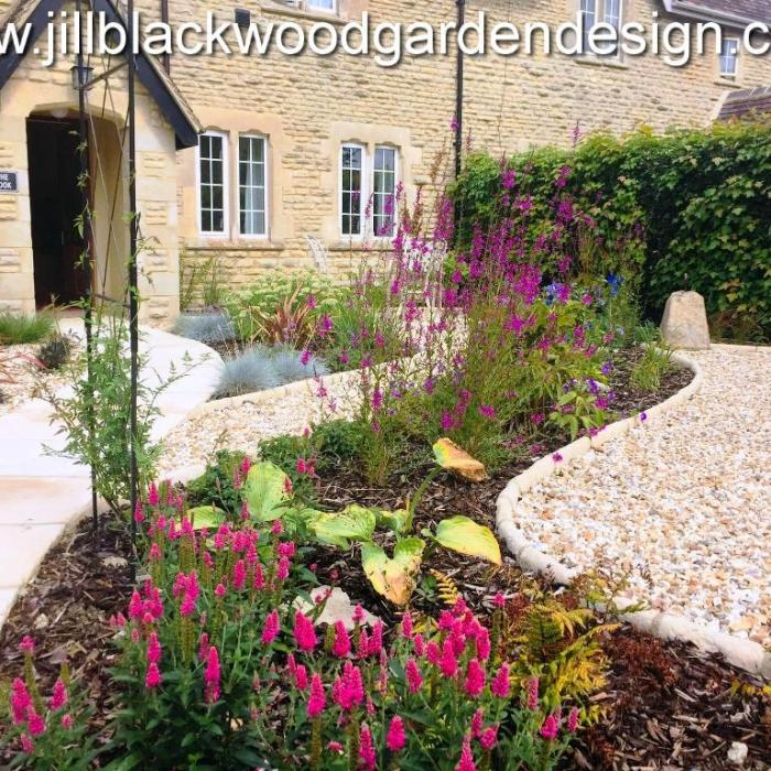 Front Garden Design In The Cotswolds