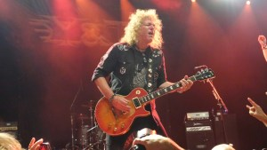 Photo of Dave Meniketti (Y&T)