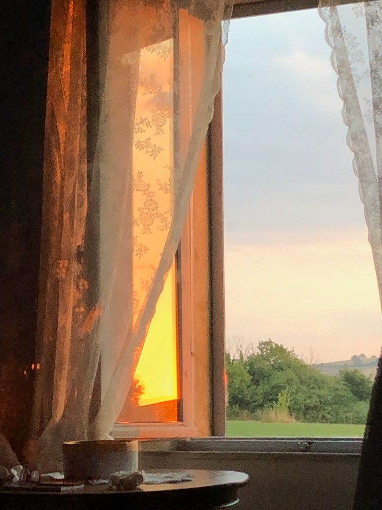 Sunsets over the Tuscan countryside on Jill's Italian painting trip.