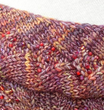 Tuscany Capelette: Neckband detail