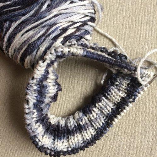 Let Jill Knit: Hat 3 Rib in progress