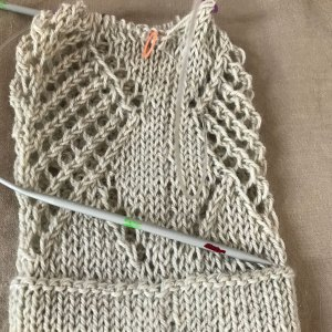 Unorthodox Approach: Wet blocking on needles