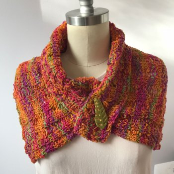 Naples Collar & Cowl: Bulky Collar with Shawl Pin