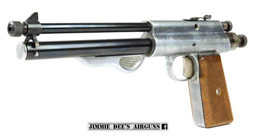 The Apache Fireball air pistol (1947-1949)