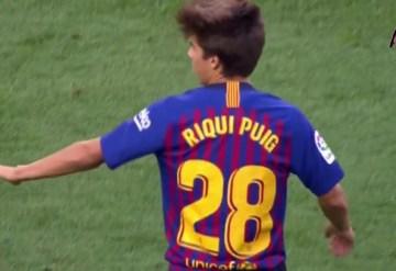 Riqui Puig i nr. 28 i kampen mod Boca Juniors i den årlige Trofeo Gamper.
