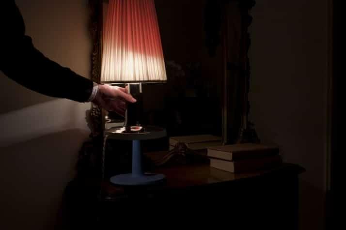 bedside_lamp_matteo_cibic_love_design_yatzer_1