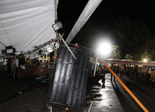 phuket-stage-collapse-6