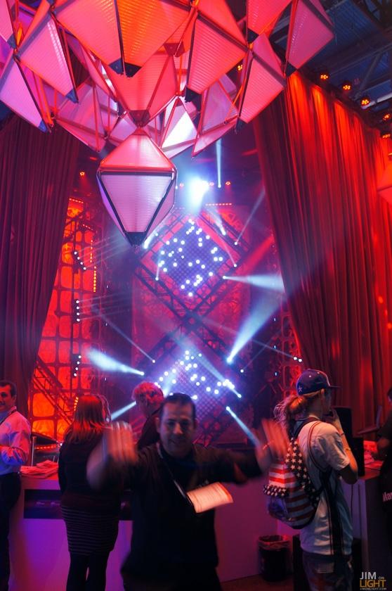 ldi2014-jimonlight-showfloor-32