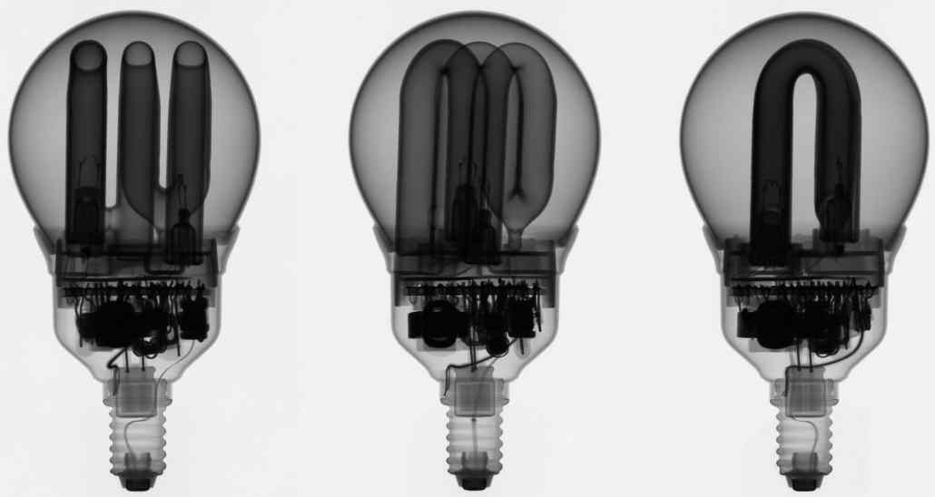 Defective_compact_fluorescent_lamp_x-ray