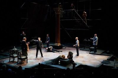 Hamlet 62 - Photo: Peter Wochniak