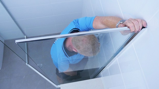 Semi-Frameless Shower Shower Screen