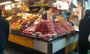 Stánek na trhu ve španělské Malaze