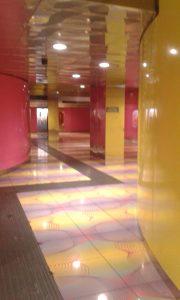 Halucinogenní stanice metra Universita v Neapoli