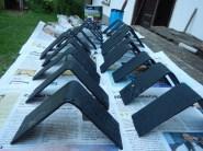 Kovová patka do rohu, rozbruska, řezání, výroba, domácí, prodejní stánek,