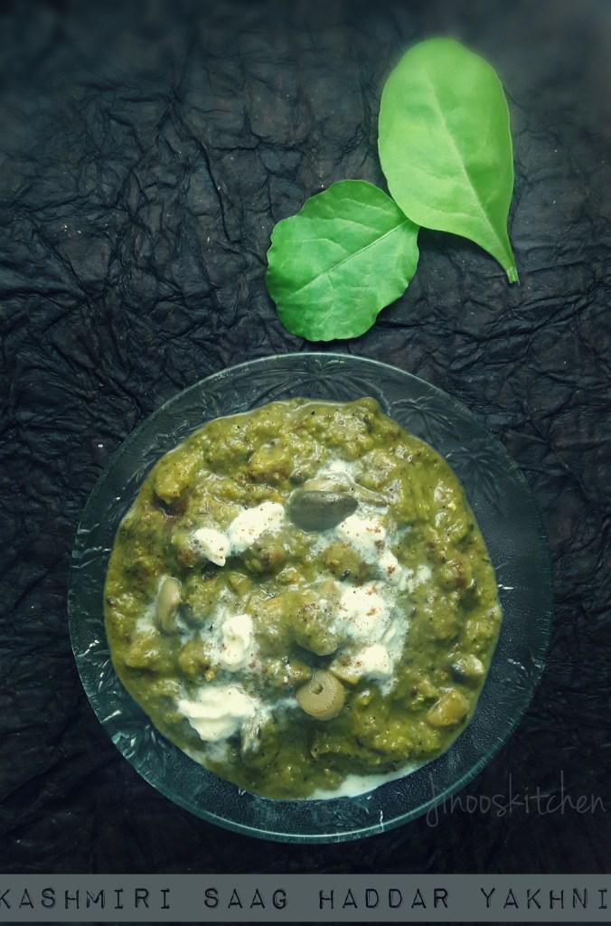 Kashmiri Saag Haddar Yakhni ~ Mushroom Palak in Yogurt Sauce