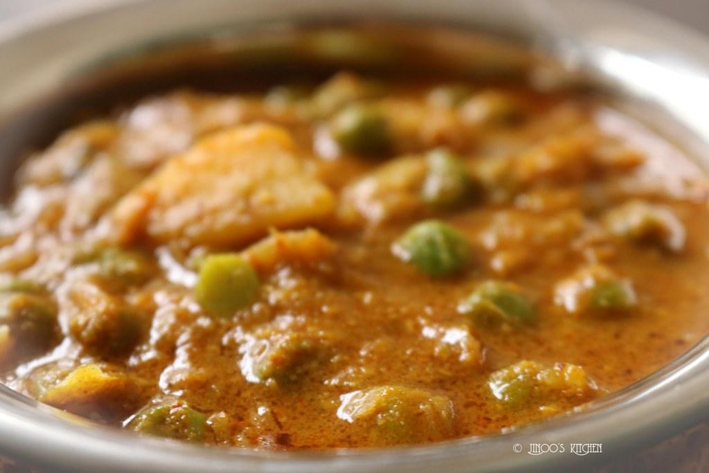 Peas potato masala | Green peas potato kurma recipe