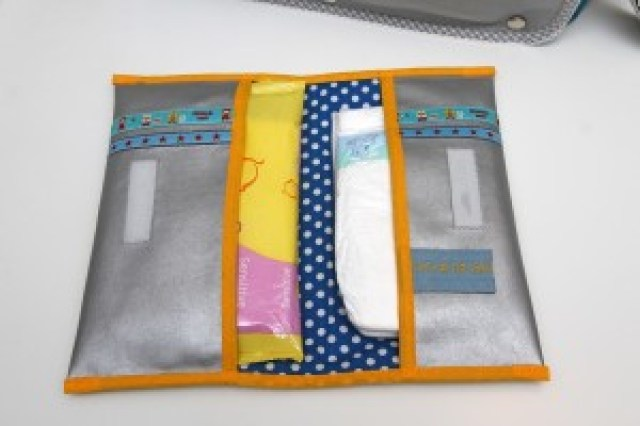 Luieretui zelf maken Jip by Jan Tutorial Diaper and wipes folder